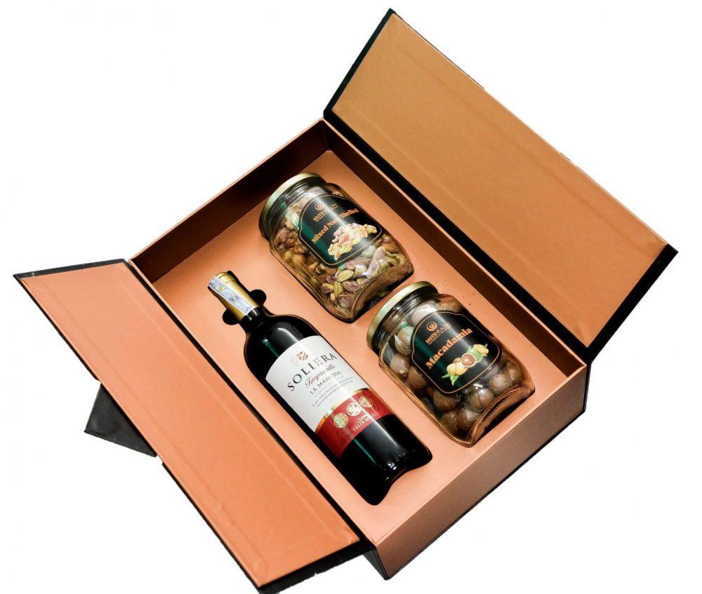 Nên chọn chất liệu gì để in hộp rượu vang ?